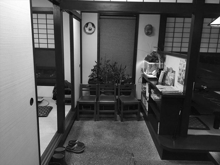 お多福様喫煙室2017年ビフォー_1